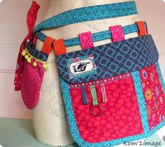 Belt Pouches (blog's in French) - No tutorial, but the photos are helpful for the idea. Cute project belt, or money/business card belt when working shows and such.