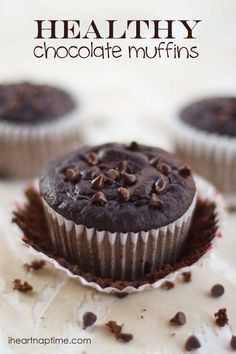 Healthy & delicious chocolate #muffins from iheartnaptime.net ...the secret ingredient is greek yogurt.