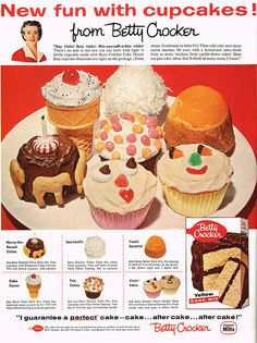 Oodles of fun 1950s cupcakes ideas - I especially like the one that's adorned with animal crackers. #food #cupcakes #vintage #birthday #cake #party #1950s #Betty_Crocker #ads