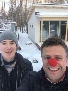 Toimitusjohtajamme Juha Pesolan Nenäpäivä huipentui vuokramiehemme Antin työparina kantokeikalla Vantaalla!