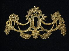 1 Ornate Antique Brass Escutcheon with Flowers and by StarPower99, $9.99