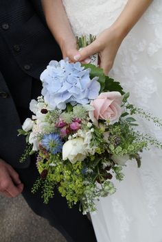 Flower Design Events: A Little Preview Posting of Wild Flowers & Jenny & Michael's St Francis, Goosnargh & Mitton Hall Wedding Day