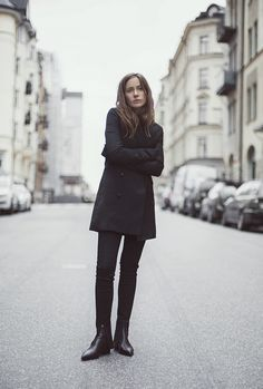 simple but chic in black | www.grabyourbags.nl