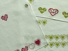 """Set 3 strofinacci verde/bordò 48x60 cm. Collezione 2016 """"Valentine """""""