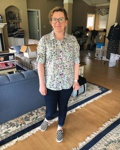 "173 Likes, 9 Comments - Heather (@heatherandthepugs) on Instagram: ""Day 6: my new Liberty #cheyennetunic and some #lianastretchjeans. Also, I'm trying to embrace the…"""