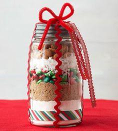 cookies in a jar recipe Homemade Food Gifts In A Jar, Homemade Cookies, Homemade Christmas Gifts, Xmas Gifts, Bunco Gifts, Mason Jar Meals, Meals In A Jar, Mason Jar Gifts, Mason Jar Diy