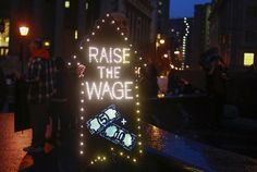What David Brooks Doesn't Get About the Minimum Wage