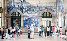 Weekend in Porto - 6 Experiences you don't want to miss. The Sao Bento Station with the Blue and White Azulejo Tiles