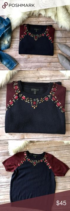 ❤️Gorgeous J.Crew sequined sweater❤️ ❤️Gorgeous J.Crew sequined sweater in navy and dark red color beautiful sequined dark red and gray colors, size M please see pics with measurements, no lose threads condition is very good❤️ J. Crew Sweaters