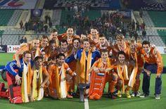 Hockeyers pakken goud met grote zege. Nederlandse mannen hockey team winnaar van de Hockey World League in New Delhi 18 jan 2014. 'We hebben in één toernooi twee keer wereldkampioen Australië verslagen. En daarna hebben we ook eindelijk een grote finale weten te winnen. Daar ben ik heel erg blij mee', liet Van Ass weten na de triomf in de eindstrijd tegen Nieuw-Zeeland (7-2).