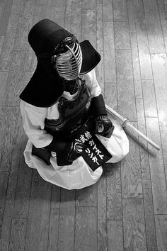 ♂ Black & White world martial art Japanese fencing Kendo by Dylan Japan
