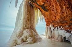 Apostle Islands National Lakeshore in the winter (Doug Wallick/Getty Images) http://yhoo.it/14VMX9v