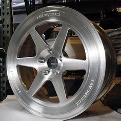 AUDI TTRS ミルテックマフラー,AUDI 8V RS3 pokal custom felgen DR1 9×19    モウフマグ-Mouf.ブログ
