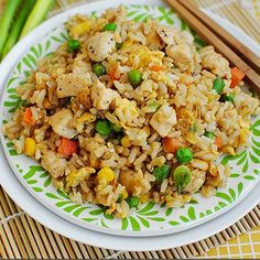 Ingredients 1½ cups cooked chicken breast, skinless and diced 3½ cups cooked brown rice, you can use about 1 cup rawBasmati brown rice 1½ tbsp canola oil 1 cup frozen peas, unthawed ½ cup sliced scallions 2 tsp toasted sesame oil or canola oil 1 cup chopped celery 3 tbsp low-sodium soy sauce 4 egg …