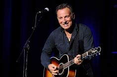 Bruce Springsteen Photos - The New York Comedy Festival and the Bob Woodruff Foundation Present the 9th Annual 'Stand Up for Heroes' Event - Zimbio