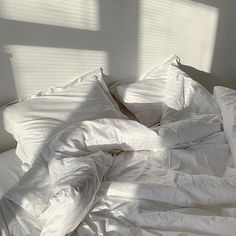 Beige Aesthetic, Aesthetic Bedroom, Bedroom Inspo, Bedroom Decor, White Sheets, Stay In Bed, Bed Sheets, Room Inspiration, Decoration