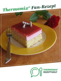 Erdbeerkuchen - Blechkuchen super fluffig !! von annavonfalkenstein. Ein Thermomix ® Rezept aus der Kategorie Backen süß auf www.rezeptwelt.de, der Thermomix ® Community.