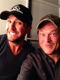 Blake Shelton and Luke Bryan selfie