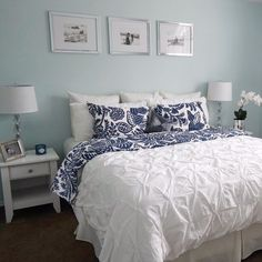 chic bedroom ideas - simple home decor tricks and tips to create a great bedroom decor. Decor Idea number posted on 20181214 Shabby Chic Decor Living Room, Shabby Chic Bedrooms, Shabby Chic Homes, Home Decor Bedroom, Bedroom Ideas, Design Bedroom, Bedroom Furniture, Warm Bedroom, Small Master Bedroom