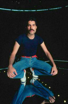 Freddy Mercury of Queen Queen Freddie Mercury, Freddie Mercury Quotes, John Deacon, Rami Malek, Queen Songs, Freedy Mercury, Bryan May, Rock And Roll, Mr Fahrenheit