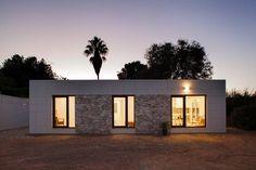 Dieses Haus zeigt, dass man auch auf wenigen Quadratmetern komfortabel und stylish wohnen kann.