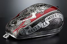 HASTA LA MUERTE Honda Shadow: tank airbrushed with transparent and opaque black and red-lacquer colors on the fully laminated surface in brushed silver leaf. Motorcycle Tank, Motorcycle Design, Silver Grey Paint, Honda Shadow, Custom Motorcycle Paint Jobs, Custom Tanks, Custom Helmets, Vintage Harley Davidson, Historical Art