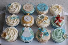 Vintage Alice In Wonderland Baby Shower Cupcakes. Cheshire Cat & Rabbit free hand painted with edible paints. Alice In Wonderland Food, Alice In Wonderland Cupcakes, Disney Cupcakes, Cupcake Cakes, Baby Shower Cupcakes, Shower Cakes, Vintage Wedding Cupcakes, Edible Paint, Sweet 16