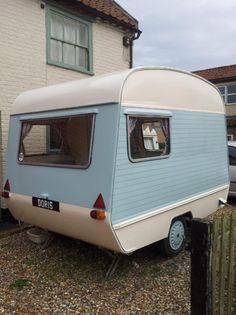 cadet 10 - vintage blue caravan