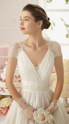 Aire Barcelona 2015 Bridal Collection | bellethemagazine.com