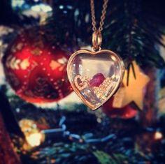Christmas Loquet by Kate Rothschild. Via Instagram