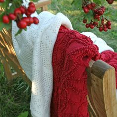 Candlewick Crimson Throw 50X70 By Pine Cone Hill For Thos. Baker