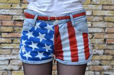 Fashionable and Me: DIY // AMERICAN FLAG SHORTS