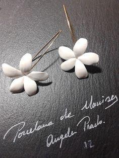Tocados de novia. Joyería Cerámica. Flores de porcelana. TOCADOS DE PORCELANA DE MANISES  (cerámica de Manises) Completamente artesanal . Piezas únicas.