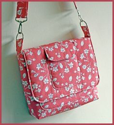! FREE Make a padded satchel project