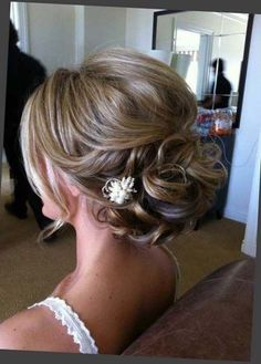 Short fine hair updo, updos for fine hair, thin hair updo, braided hair Short Fine Hair Updo, Thin Hair Updo, Short Hairstyles Fine, Updos For Medium Length Hair, Medium Hair Styles, Long Hair Styles, Messy Hairstyles, Everyday Hairstyles, Ladies Hairstyles