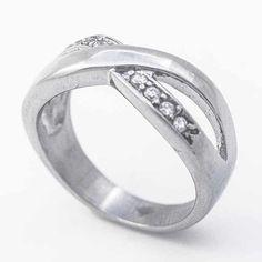 Joyas de Acero-Anillos-RA0820. Anillo acero y línea de circones ,diseño clásico