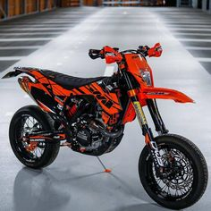 Donations for my Dreambike here. Thanks for your support! Ktm Dirt Bikes, Cool Dirt Bikes, Motorcycle Dirt Bike, Moto Bike, Ktm 450, Motocross Love, Motorcross Bike, Moto Cross Ktm, Foto Batman