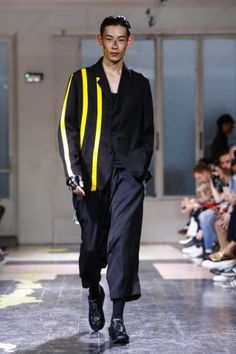 Yohji Yamamoto @ Paris Menswear S/S 2016 - SHOWstudio