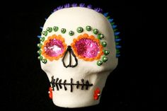 Make a Sugar Skull for Dia De Los Muertos