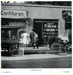 Im judischen Viertel 1928.
