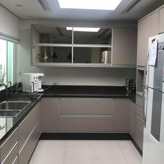 """100 curtidas, 4 comentários - Colla Arquitetura e Decoração (@collaarquitetura) no Instagram: """"Mais uma cozinha linda que amamos fazer! #decoraçao #decor #cozinha #designdeinteriores…"""""""