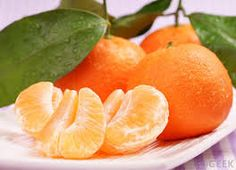 Klementine - clementines - imoported autumn/winter fruit - very pleasing taste and practical size for small children's snacks