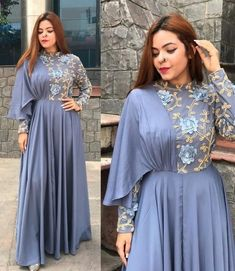 Fashion Tips For Women In Their party wear gown Party Wear Indian Dresses, Designer Party Wear Dresses, Indian Gowns Dresses, Kurti Designs Party Wear, Indian Designer Outfits, Indian Wedding Outfits, Designer Gowns, Gown Party Wear, Party Wear Kurtis