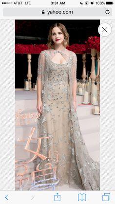 Carmela ContinoAbiti eleganti · Stile Emma Watson 2ed1b8d5ef3