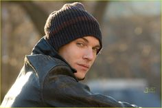 Jonathan Rhys-Meyers  August Rush
