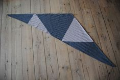 Crochet Scarves, Crochet Clothes, Knit Crochet, Ravelry, Crochet Patterns, Crochet Ideas, Outdoor Blanket, Quilts, Sewing