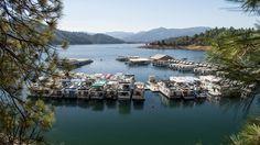 Houseboating party on Lake Shasta