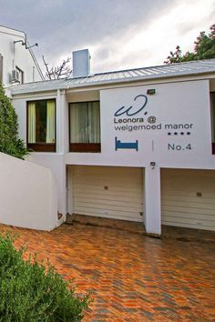 View Leonora @ Welgemoed Manor and all our other Accommodation listings in Cape Town. Cape Town, Luxury, Street, Outdoor Decor, Home Decor, Homemade Home Decor, Interior Design, Home Interiors, Decoration Home