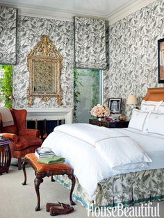 Master bedroom wallpaper in Katmandu by Lee Behren. housebeautiful.com. #wallcovering #silk
