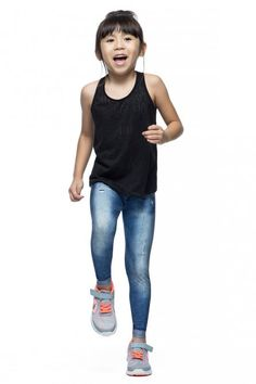 Calça Legging Mini Favorite Jeans • LIVE! • #shoponline #kids #legging #jeans